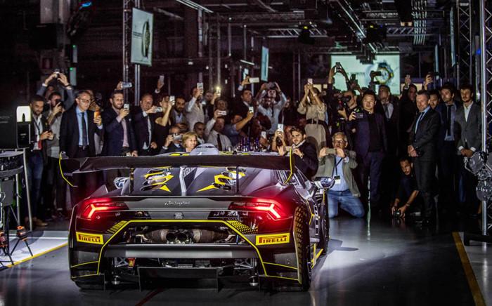 "Lamborghini Huracan Super Trofeo EVO: khi ""bò chiến"" ra quân ảnh 3"